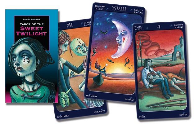 Tarot of the Sweet Twilight (English and Spanish Edition), Lo Scarabeo